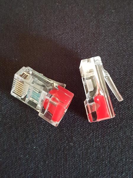 Red Data Plug